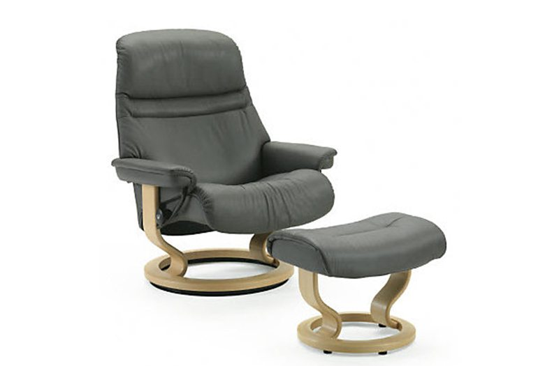 stressless sunrise chair large by ekornes at garden city furniture garden city furniture. Black Bedroom Furniture Sets. Home Design Ideas